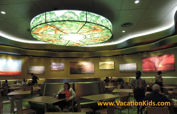 Landscape of Flavor food court is where guests can enjoy delicious meals breakfast, lunch and dinner.
