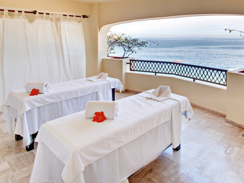 The sounds of the waves and a massage anyone?