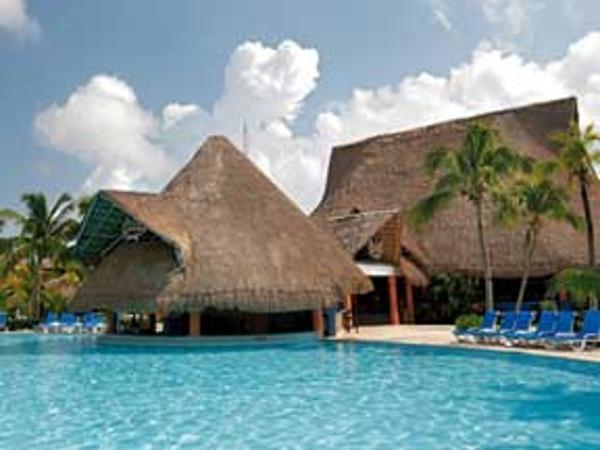 friendly resort barcelo maya beach pool with swim up bar