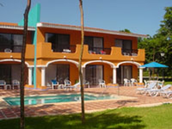 Hacienda Jr suites are family of 5 friendly. Each building of 10 suites has it's own private pool right outside your door.