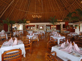Buffet Restaurant at the Oasis Palm Cancun Resort