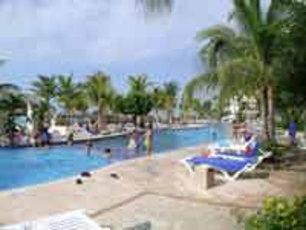 Ocean Palm Cancun Pool