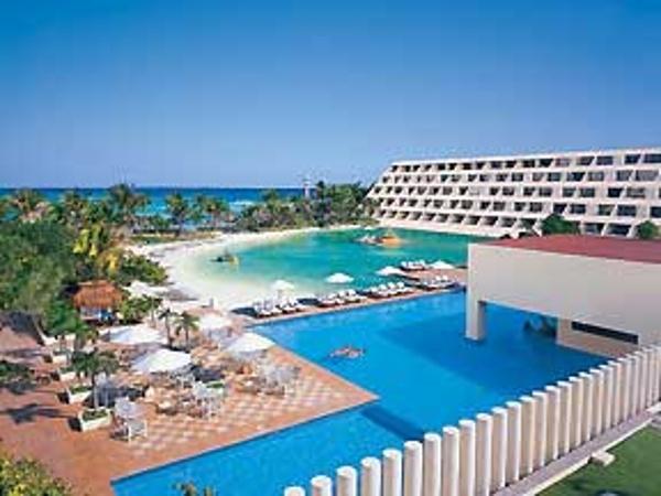 View of pool and lagoon at Dreams Cancun