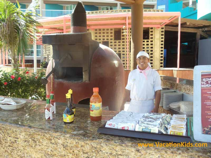Wood Oven Pizza Anyone?...Great for a poolside snack at the Hard Rock Cancun Hotel