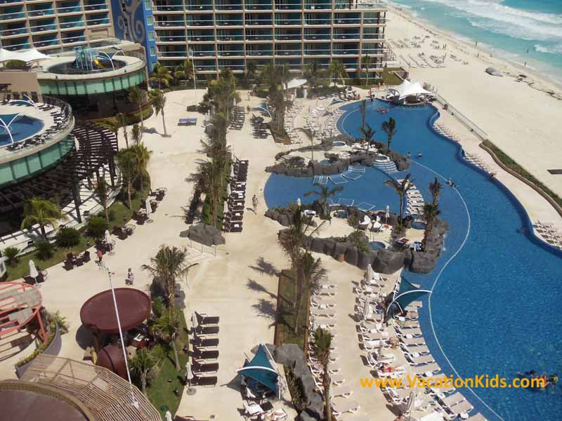 Pool and beach at Hard Rock Cancun Hotel
