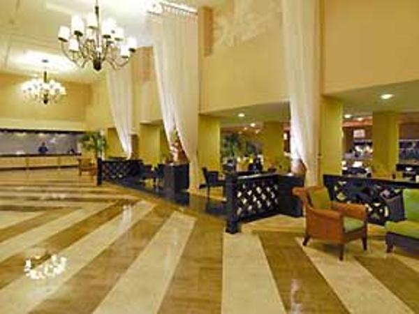 Omni Cancun Hotel and Villas lobby View