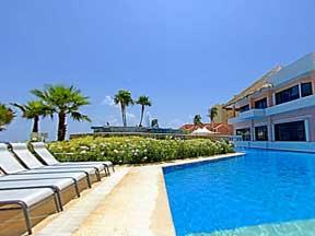 The Omni Cancun Resort pool side view