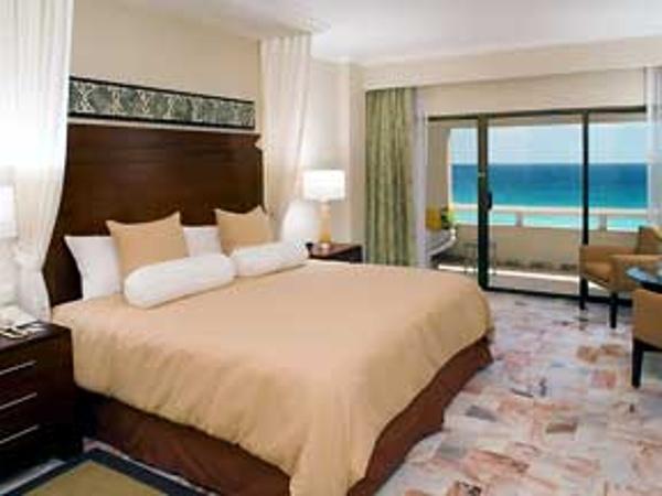 villa room at the Omni Cancun hotel and villas