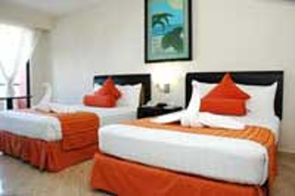 All standard rooms at the Crown Paradise Hotel in Cancun come with an Ocean View
