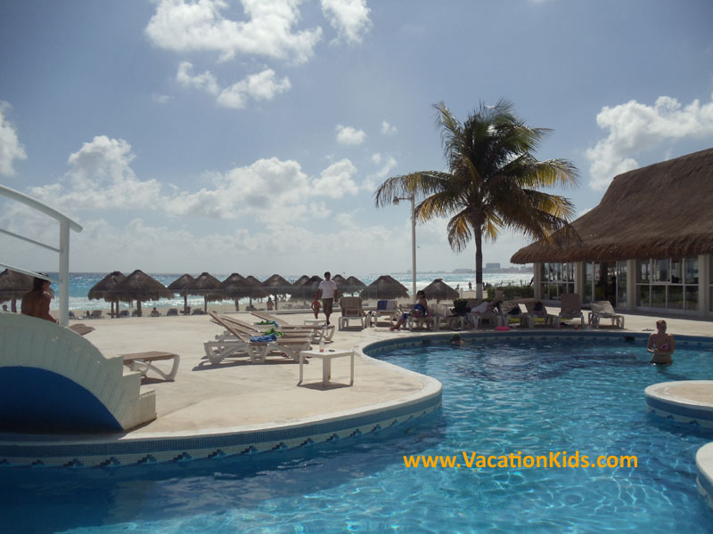 There is a long, winding pool for families to enjoy at the Krystal hotel Cancun