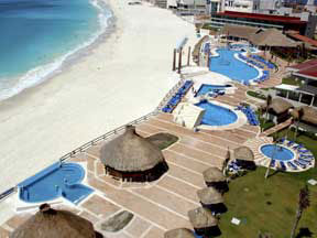 View of the main pool area at the Krystal Hotel Cancun