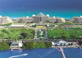 Paradisus Cancun sits between the Caribbean sea and the Nichupte Lagoon with a nine hole golf course in it's front yard