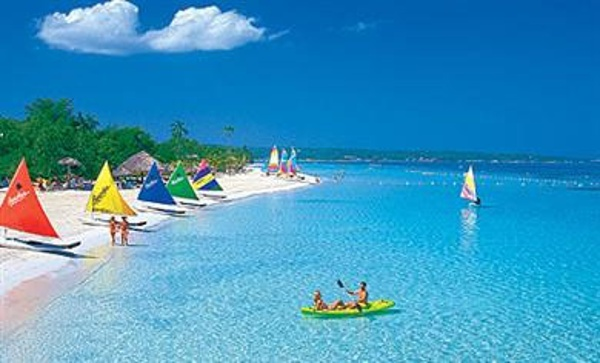 A fabulous all inclusive family resort vacation awaits you and your kids at Beaches Negril