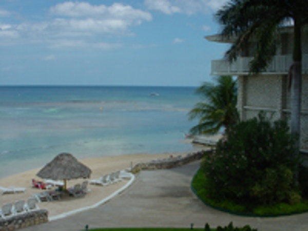 Beautiful Beach awaits your family at Holiday Inn Sunspree Montego Bay