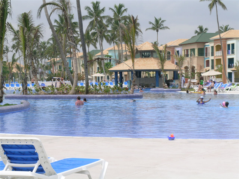 One of the two mail pool at Ocean Blue resort complete with swim up bar