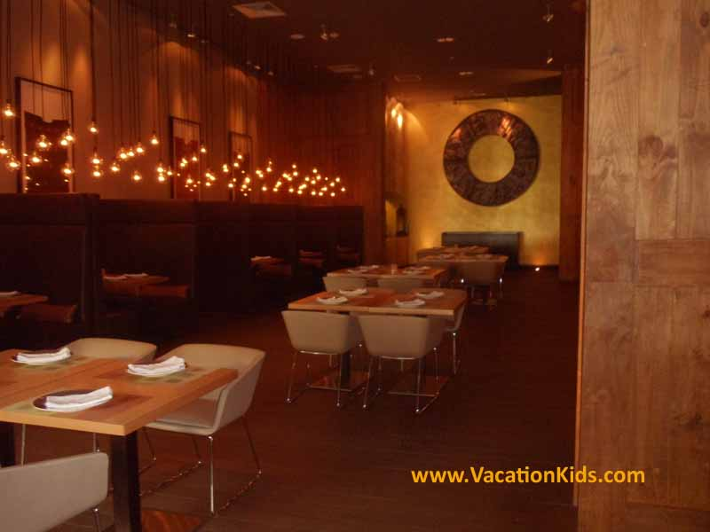 Adult and family friendly dining options at the Paradisus La Esmeralda Resort