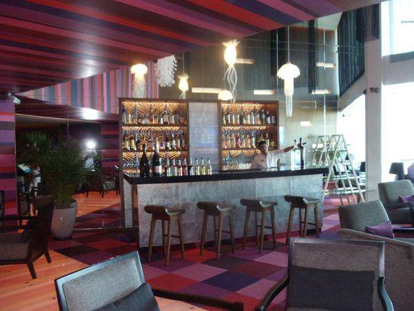 6th floor premier club bar at Sandos Cancun