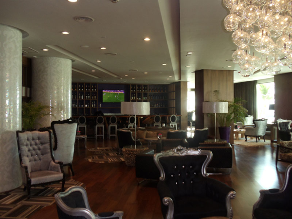 Bar One lobby bar at Sandos Cancun