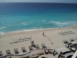 Families staying at Sandos Cancun can look forward to the beautiful blue waters of the Caribbean seas