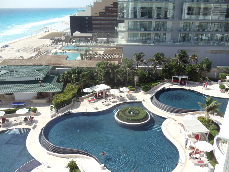 Sandos Cancun offers guests three cascading endless pools complete with jacuzzi section