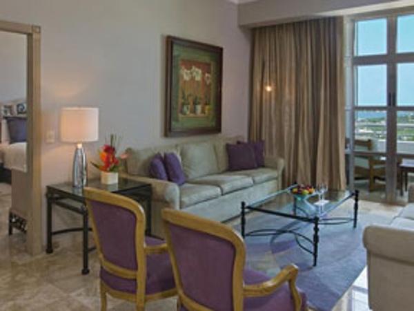 1 bedroom suites at Sandos Cancun