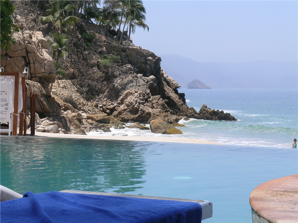 Pool view from my lounge chair at Dreams Puerto Vallarta. Where's my pina colada?